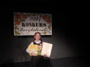 Zosia Pietrzak zajęła III miejsce w Małym Konkursie Recytatorskim