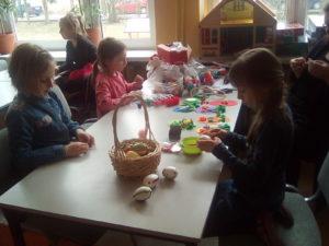 Przygotowania do Kiermaszu Wielkanocnego